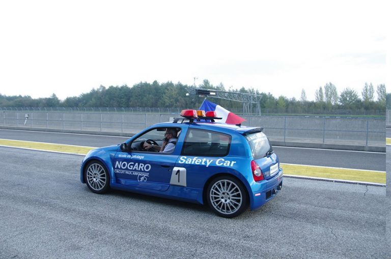 Organisation courses avec mini trucks